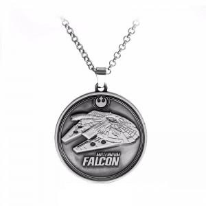 Lantisor Cu Pandantiv Star Wars Millennium Falcon Argintiu zum411 Star Wars Diverse Medalioane