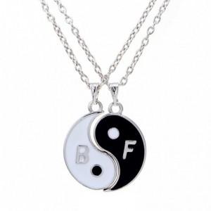 Pandantiv Medalion Lantisor Best Friend Friends Yin Yang bff2001 Best Friends