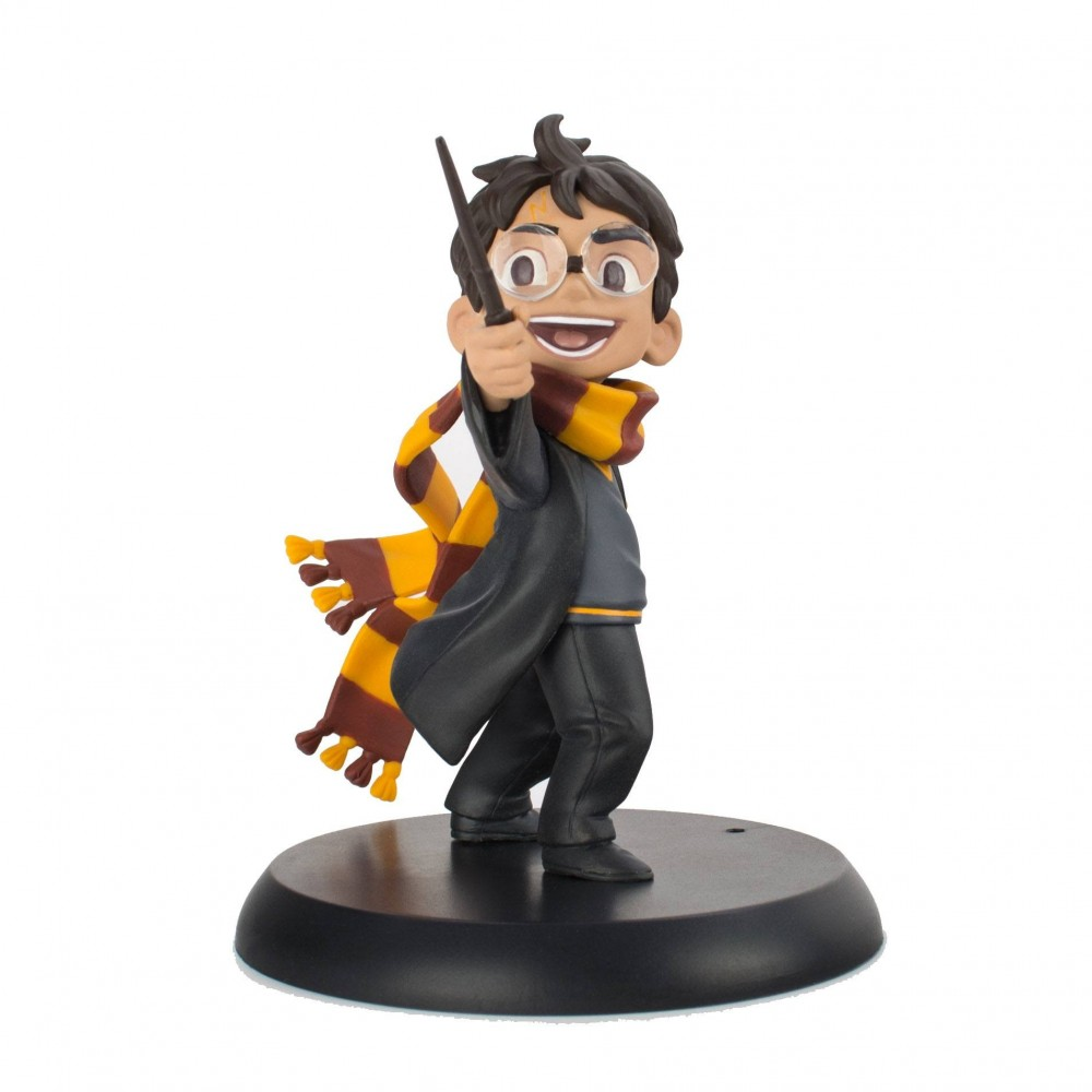 Figurina Harry Potter - Harry's First Spell 9 cm HP-0104 Harry potter Figurine