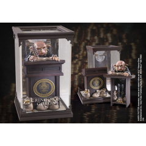 Figurina Harry Potter : Magical Creatures Gringotts Goblin No.10 NN7552 Harry Potter Figurine
